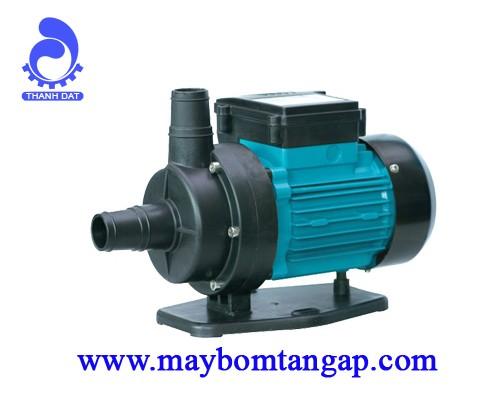 Máy bơm nước LEO XKP02-1